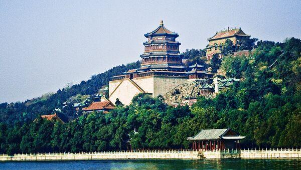 Летний императорский дворец. в Пекине занесен ЮНЕСКО в список всемирного наследия человечества.