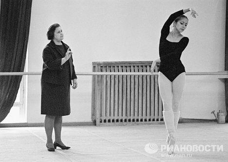 М.Семенова и Н.Бессмертнова во время репетиции