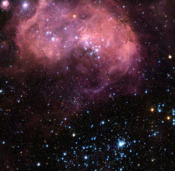 Регион LHA 120-N 11 в Большом Магеллановом облаке – месторождение новых звезд