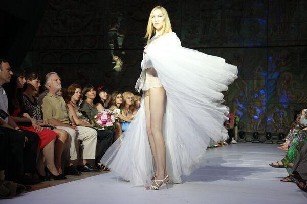 Показ мод благотворительного фонда Русский Силуэт