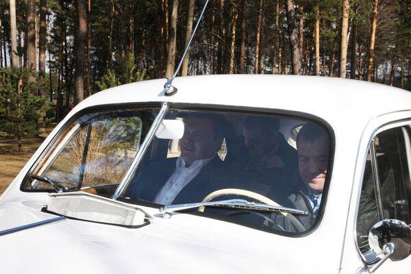 Встреча Дмитрия Медведева и Виктора Януковича. Архив