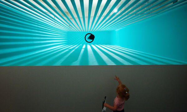 Открытие выставки Ложка Камасутры в Московском музее современного искусства