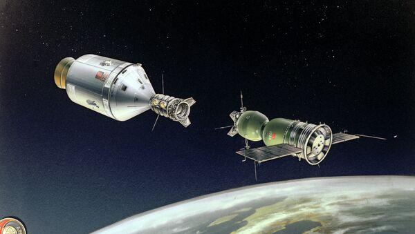 Стыковка кораблей Союз - Аполлон. Рисунок А.Качугина