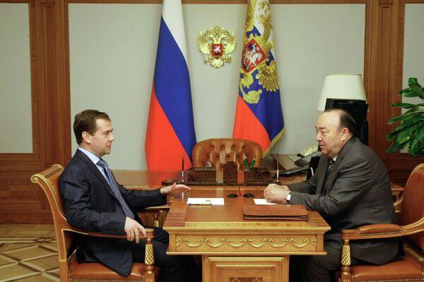 Дмитрий Медведев принял отставку Муртазы Рахимова