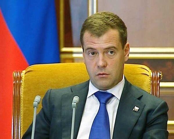Медведев поставил кадровый вопрос после теракта на Баксанской ГЭС