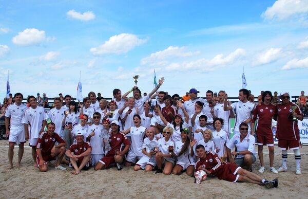 Пляжный футбол на Новой волне 2010