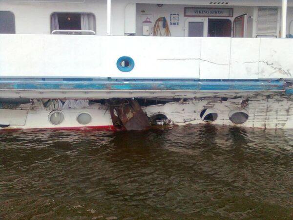 Столкновение судов в Рыбинском водохранилище у населённого пункта Лехково