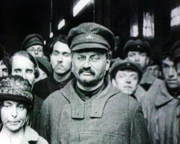 Политический детектив: жизнь и смерть Льва Троцкого