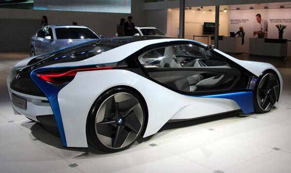 Концепт BMW Vision  на Московском международном автомобильном салоне 2010