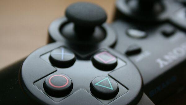 Джойстик для Sony PlayStation, архивное фото