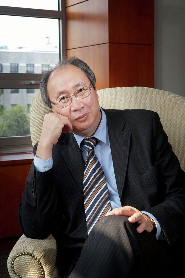 Директор Казахстанского института стратегических исследований Булат Султанов