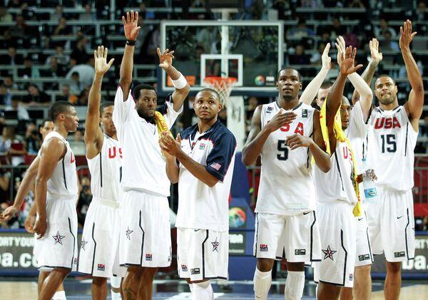 Американские баскетболисты стали первыми финалистами чемпионата мира