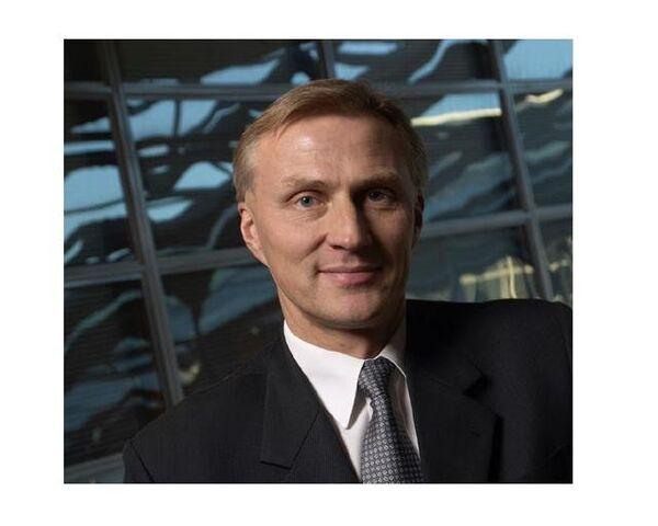Ансси Ваньоки, глава отдела разработки мобильных устройств Nokia
