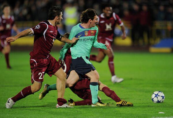 Игровой момент матча Рубин - Барселона