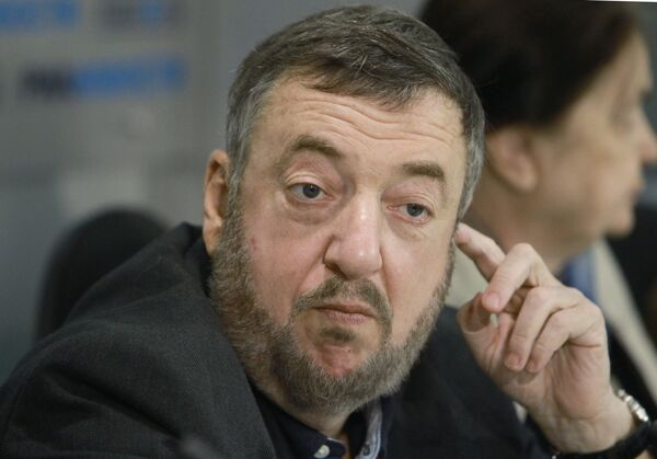 Режиссер Павел Лунгин. Архив