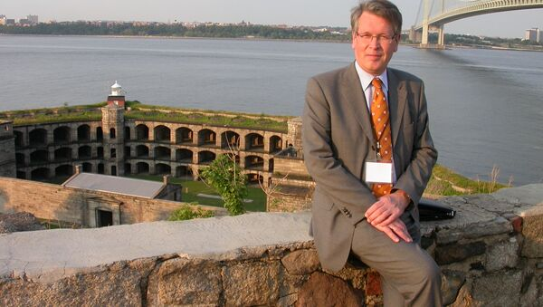 Посол России  в Сербии Александр Чепурин. Архивное фото