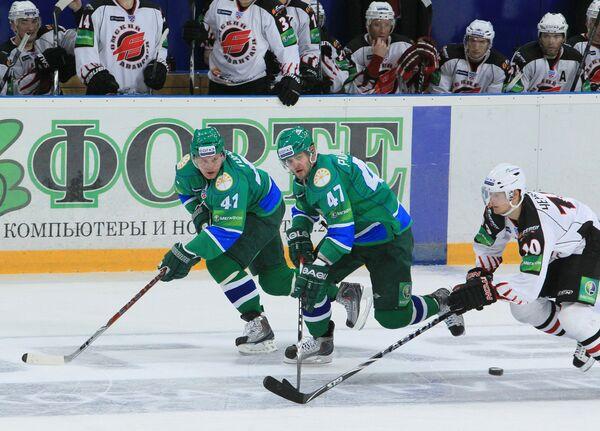 Игровой момент матча Салават Юлаев - Авангард - 5:3