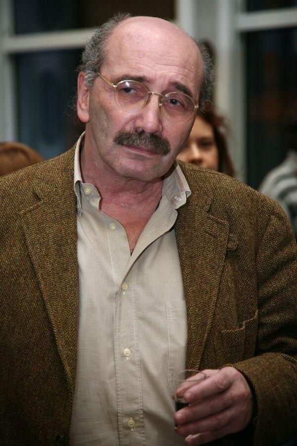 Писатель Александр Кабаков