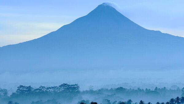 Вид на вулкан Мерапи
