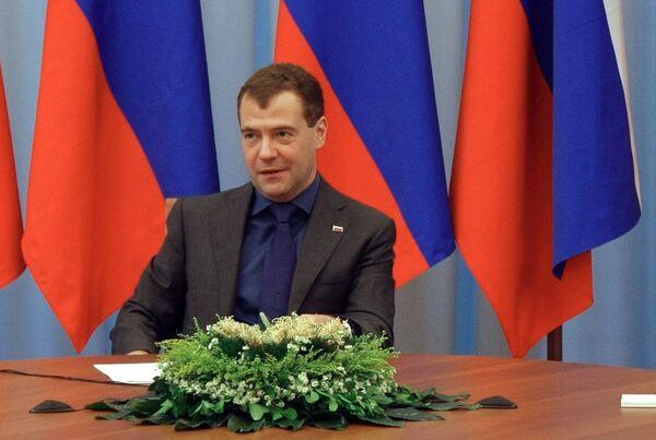 Президент России Дмитрии Медведев во время трехсторонней встречи в Астрахани