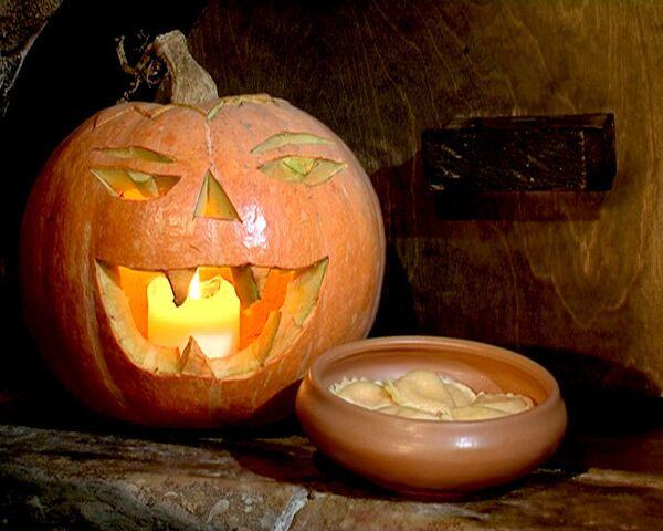 Светильник Джека и вареники с тыквой на Хэллоуин. Мастер-класс