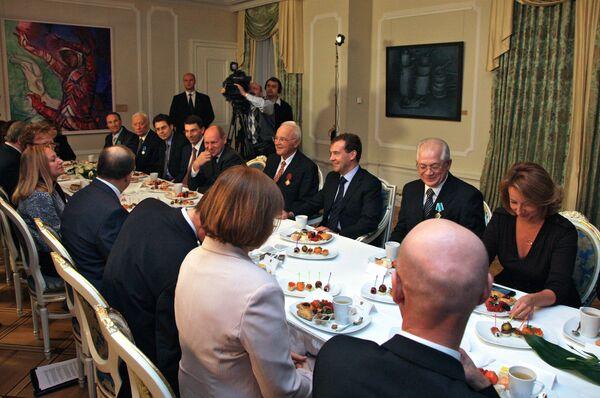 Президент РФ Д.Медведев встретился с сотрудниками Российской газеты