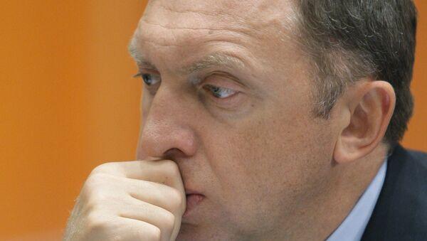 Генеральный директор компании Базовый элемент Олег Дерипаска. Архив