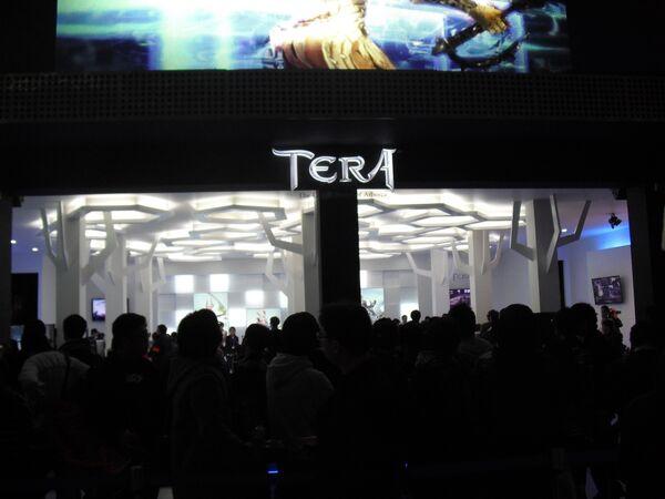 Игровая выставка GStar 2010  в Южной Корее. Стенд ролевой игры Tera