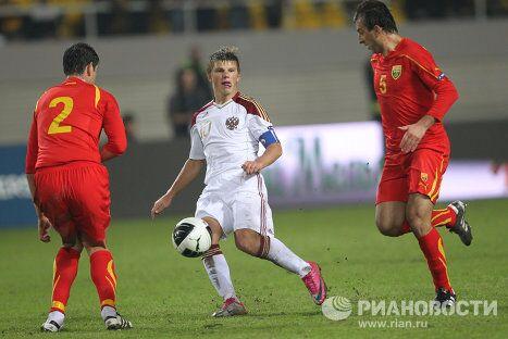 Игровой момент матча Македония - Россия