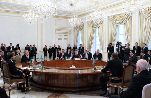 Дмитрий Медведев принимает участие в заседании Третьего Каспийского саммита