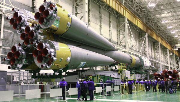 Вывоз ракеты-носителя Союз-ФГ. Архив