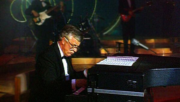 Джазовая импровизация в исполнении Раймонда Паулса. 1992 год