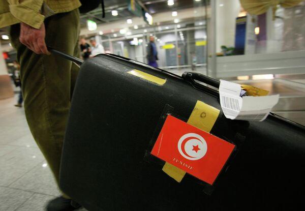 Туристы возвращаются из Туниса