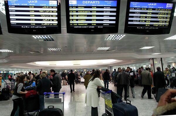 Ситуация в аэропорту в Тунисе