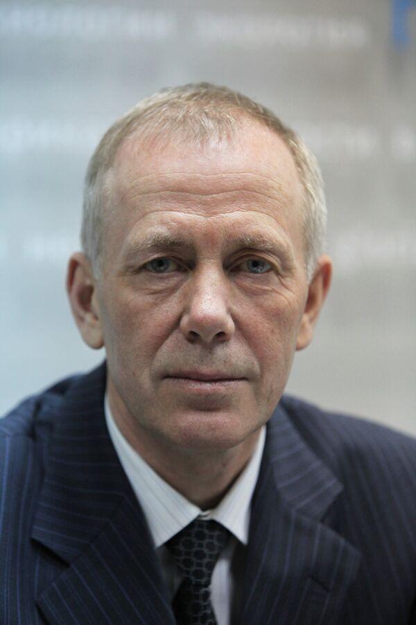 Руководитель Федеральной службы по надзору в сфере транспорта РФ Геннадий Курзенков