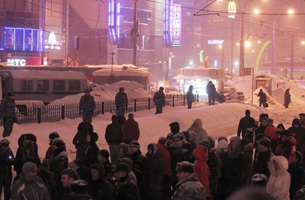 Обрушение кровли в сетевом магазине О'кей в Санкт-Петербурге
