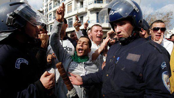 Демонстрация протеста в Алжире