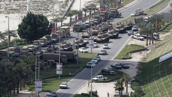 Бронетехника блокирует подступы к Жемчужной площади столицы Бахрейна