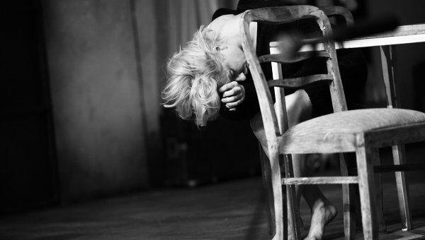 Сцена из спектакля Персона. Мэрилин в постановке Кристиана Люпы