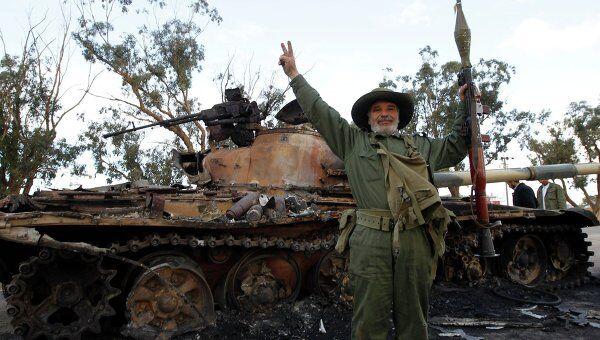 Ситуация на окраине Бенгази после авиаудара по силам Каддафи