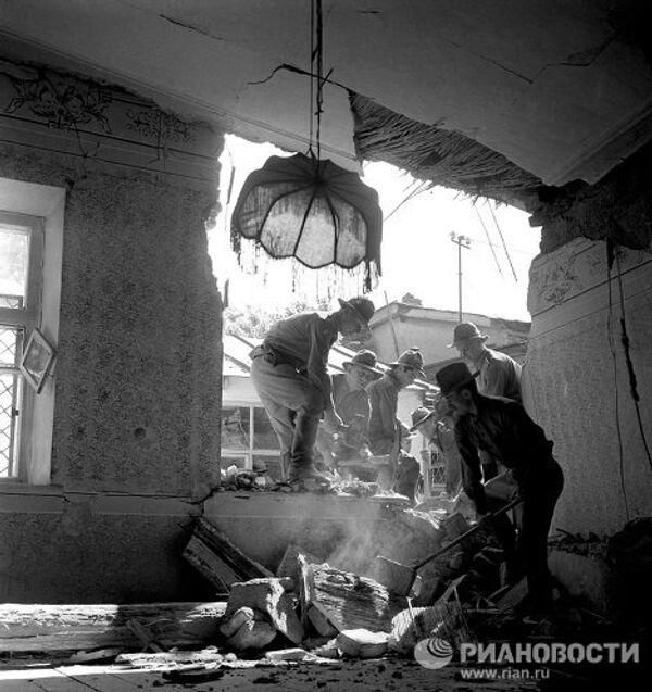 Последствия землетрясения в Ташкенте