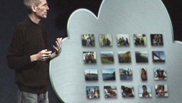 Стива Джобса встретили овациями на презентации нового сервиса iCloud