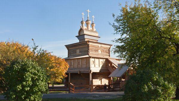 Деревянный храм великомученика Георгия Победоносца XVII века. Архивное фото