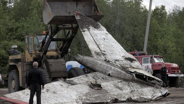Ситуация на месте крушения самолета Ту-134 под Петрозаводскомю. Архив