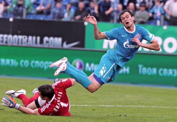 Игровой момент матча Зенит - Терек
