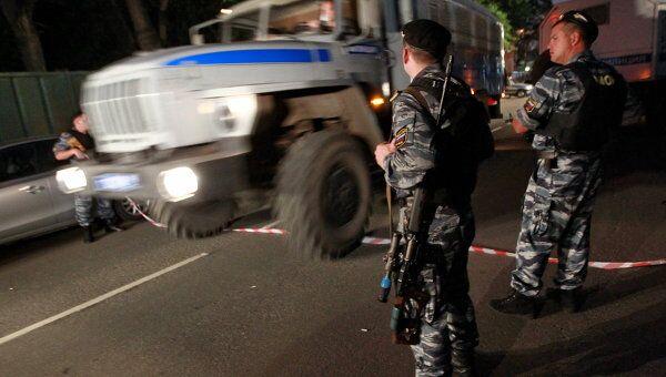 Мужчина открыл стрельбу в Москве на Первой Мытищинской улице после семейного конфликта
