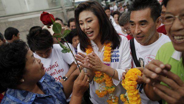 Йинглак Чинават, первая женщина, выдвинутая кандидатом на пост премьера в истории Таиланда
