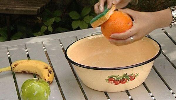 Как правильно мыть овощи и фрукты, чтобы не отравиться. Советы врача