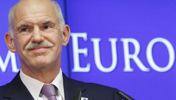 Премьер-министр Греции Йоргос Папандреу выступает на саммите лидеров стран Еврозоны в Брюсселе