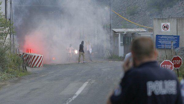 Поджег контрольно-пропускного пункта Ярине на административной границе Сербии и Косово